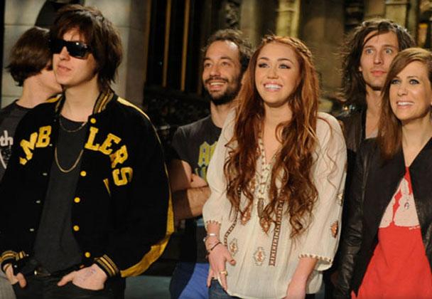 The Strokes y Miley Cyrus