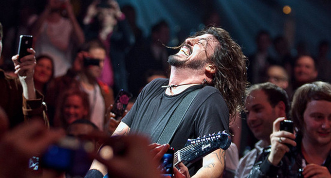 Dave Grohl NME Awards 2011